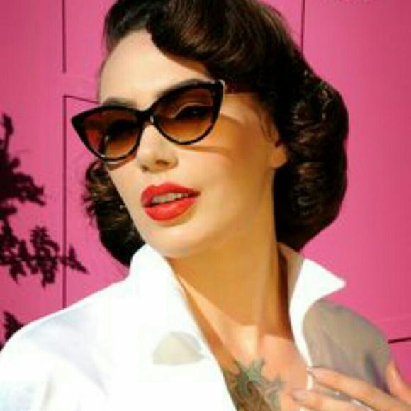 55d0de647fac Pinup Couture by Tres Noir Sunglasses. M_5ac820968af1c5de319b0e4c